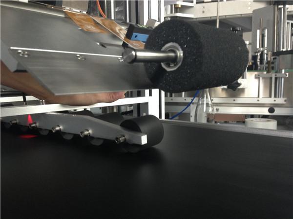 Altrapidaj Ruliloj Supra Glumarko Etiketa Maŝino Paŝa Motora Kontrolo