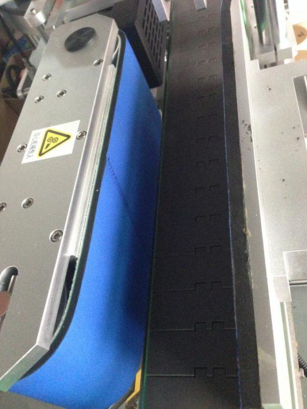 350ML Aŭtomata Vitra Botela Etikedo-Maŝino 190mm Alteco Maks
